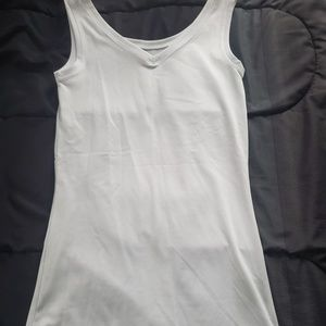 small drifit tank vneck or scoop